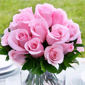 affordable wedding centerpieces light pink roses flower centerpieces pink roses Hot Pink Roses Centerpieces