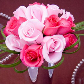 Dark Pink & Light Pink Roses Wedding Table Centerpiece