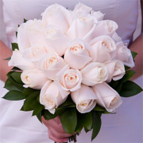 Bridal Bouquet Royal Ivory Roses